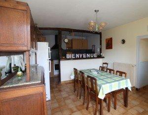L'interieur, la cuisine dans presentation img_1894-300x233
